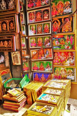 Die Hindu Gottheiten für den Haustempel.