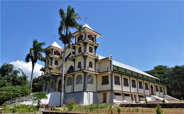 Die St. Stefanus Kirche in Panggung.