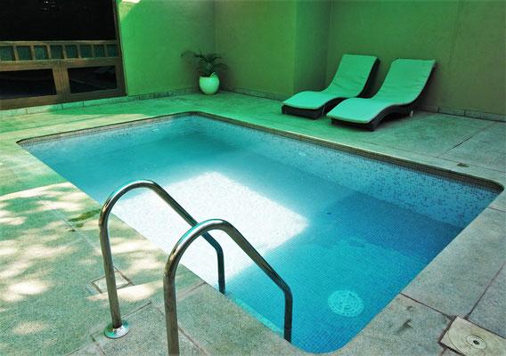 ....dem privaten Pool...