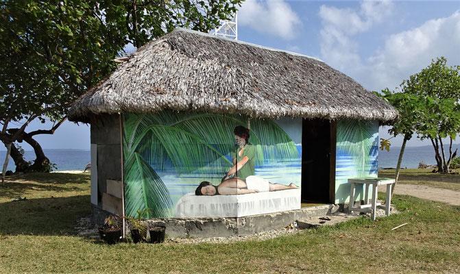 Eine Massage-Hütte gibt es hier auch.