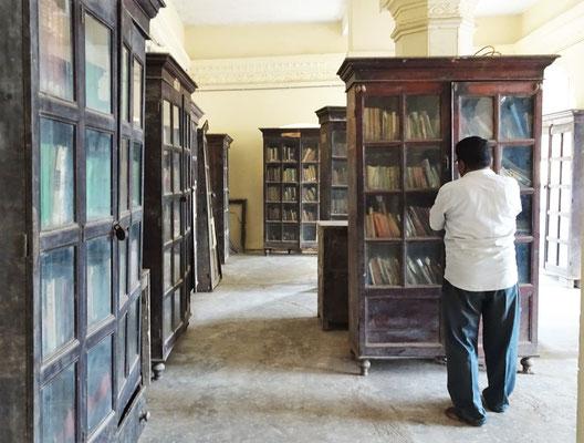 .....aus dem Jahre 1920 mit dem Bibliothekar.