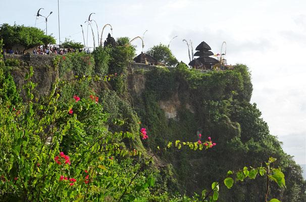 Der Uluwatu Tempel...