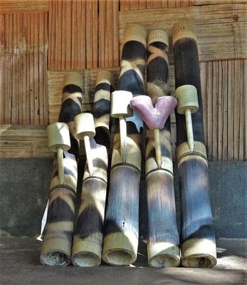 Die Bambus-Wasserpfeife.