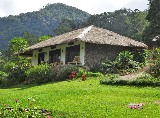 Die Kalimutu Eco Lodge in Moni.....