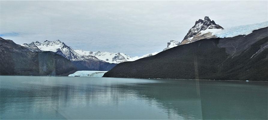Der Spegazzini Gletscher.....