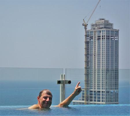...mit einer Baustelle. (Das neue Hotel Hayat)