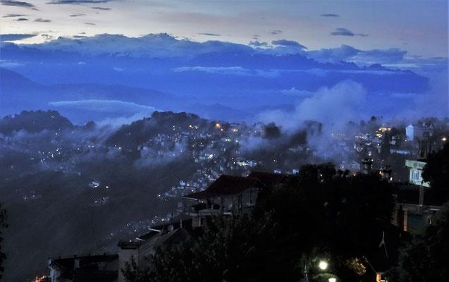 Abendblick in die Berge...