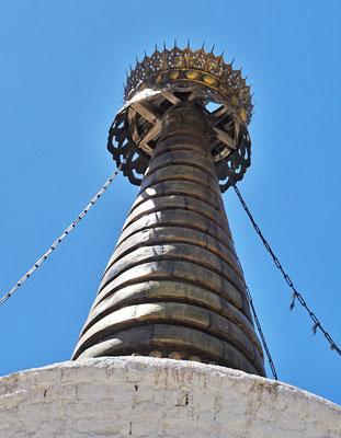 Die Spitze des Stupa...