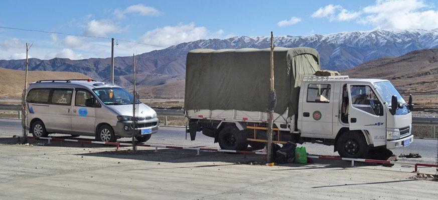 Autopanne bei Ueli's Truck, Keilriemen und falsches Werkzeug