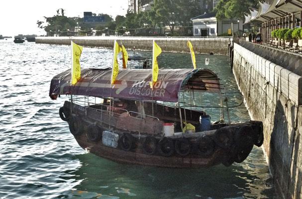 ....erkunden wir den Hafen.....
