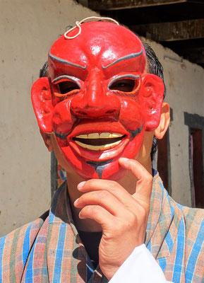 Nima mit der Clown Maske