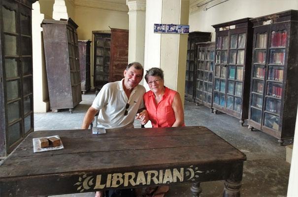 In der privaten Raghunandan Bibliothek......