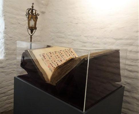 Ein altes Gesangbuch....