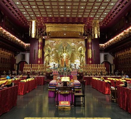....wo ein Zahn des Buddha...