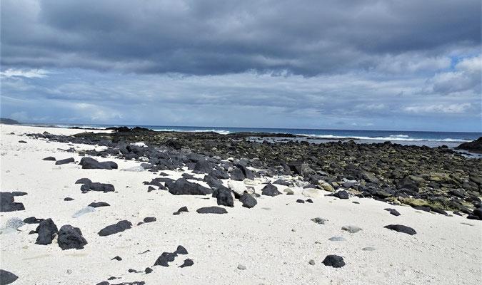 .....Cape Mulinuu mit Sand....