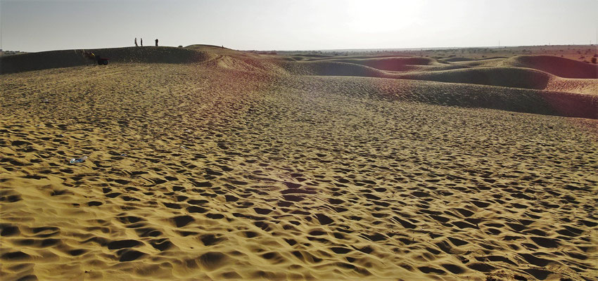 ...mit den Sanddünen...
