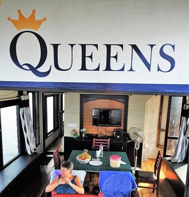 ...die Queens mit....
