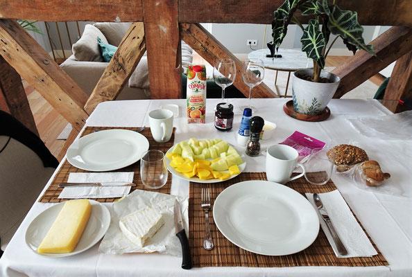 Unser Frühstück nach 11 Stunden Schlaf.