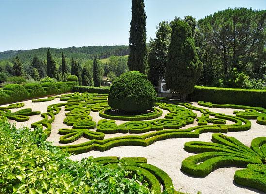 Der kunstvolle Buchshecken Garten.