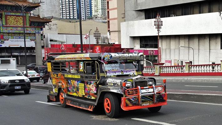 ......die lauten Jeepneys.