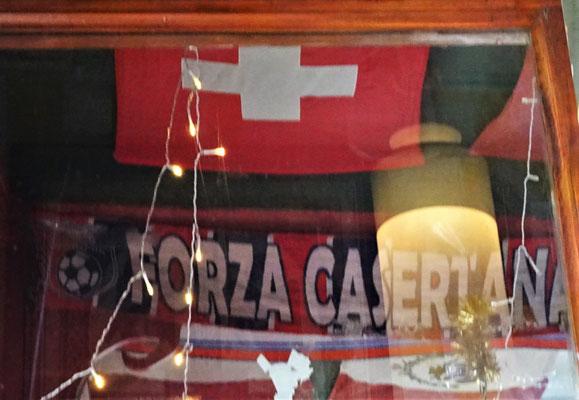 .....inkl. Schweizer Fahne....