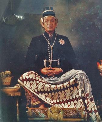 Sultan Hamengku Buwono der X und....