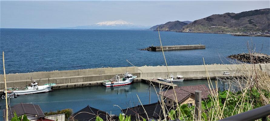 .....den Mt. Chokai und.....