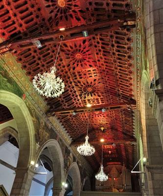 Die imposante Decke der Kathedrale.