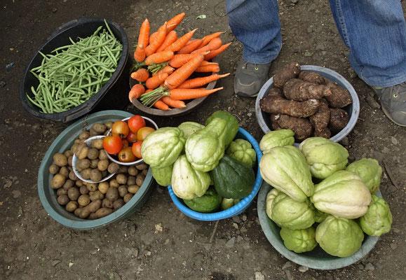 ......mit Gemüsen....