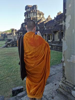 ......und einigen Mönchen.