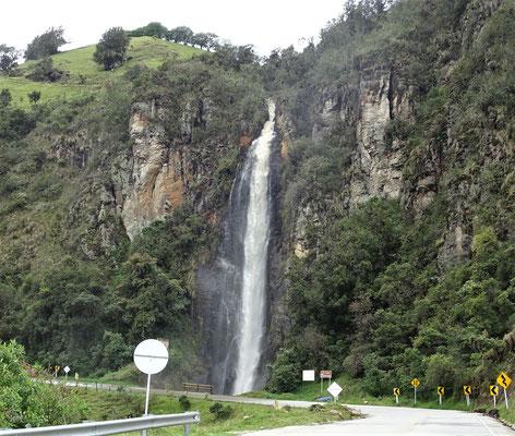 Ein grosser Wasserfall und.....