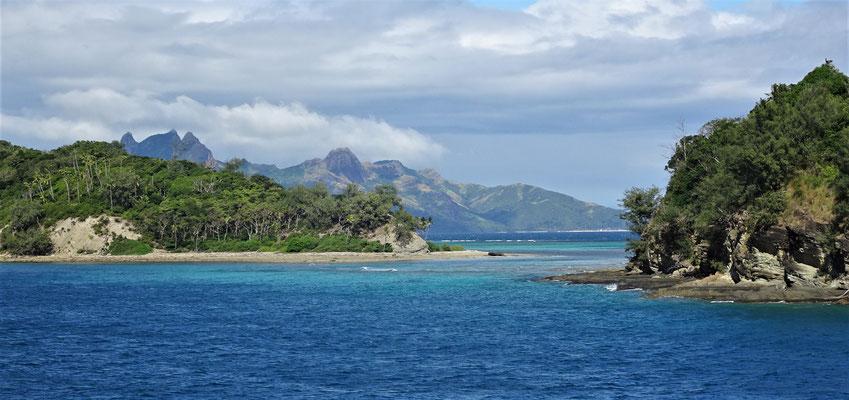 Die ersten Inseln.....