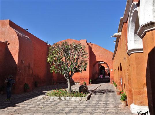 Das Kloster war ein Dorf......