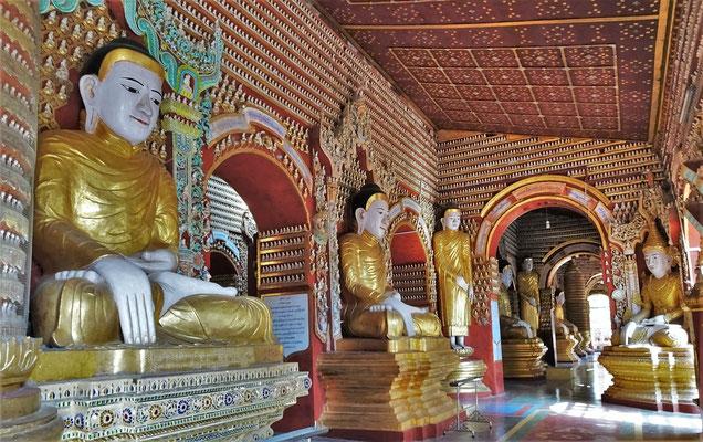 Im Innern dieser Pagoda befinden...