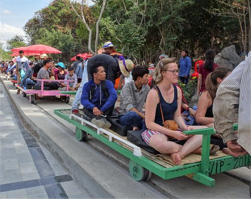 Der neue Bambus-Train für die Touris......