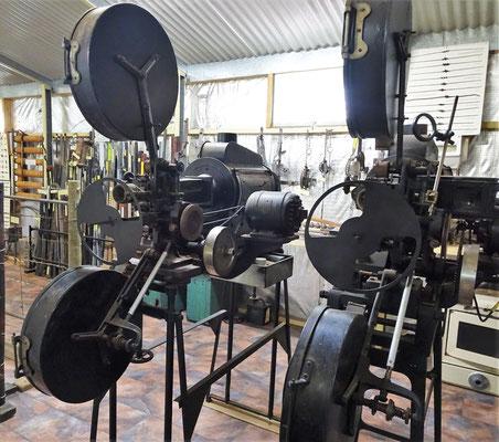 Filmprojektoren fürs Kino.....