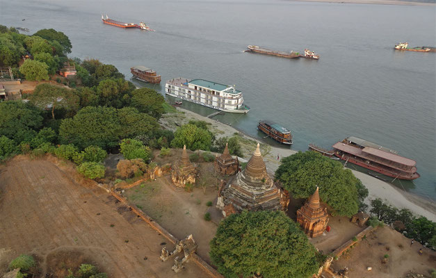 ....Ayeyarwaddy Fluss und....