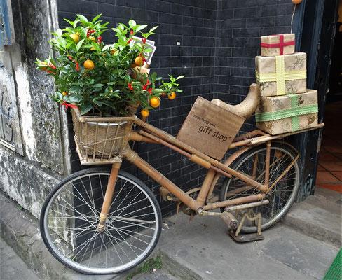 Ein Bambus Fahrrad.