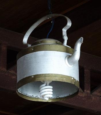 Teekrug-Lampe