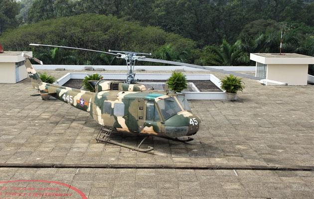 Der Fluchthelikopter auf dem Dach.