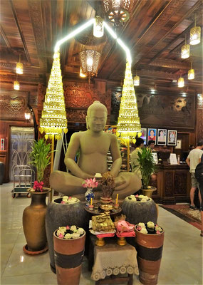 ....mit dem Buddha.