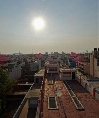 ...dem Sonnenuntergang von unserer Terrasse.