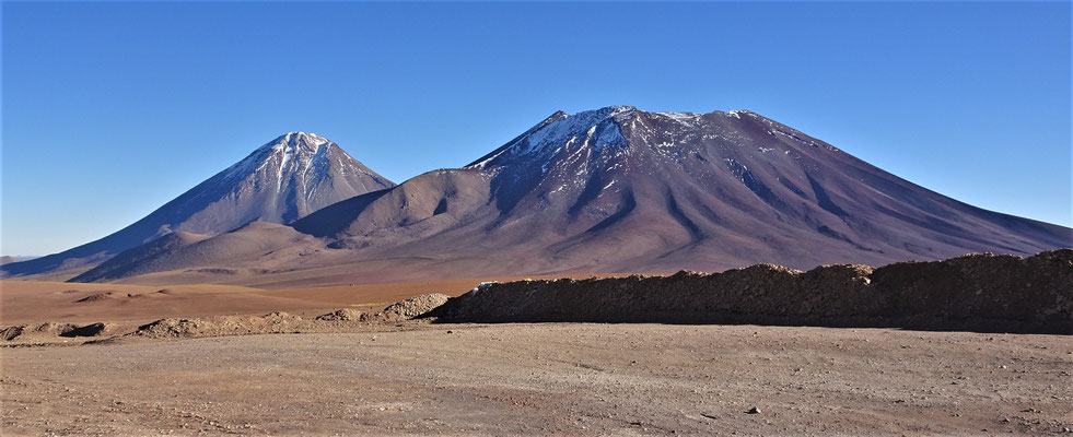 Blick auf den Vulkan Licancabur.