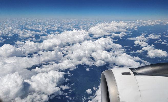 Die Wolkendecke verdichtet sich.