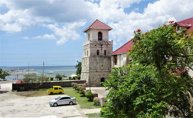 Die Baclayon Church......