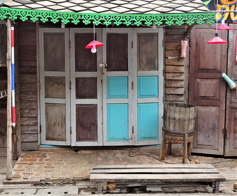 Viele Holzhäuser......