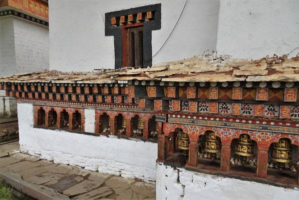 ...Besuch eines Tempels aus dem 15. Jh.