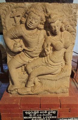 Die berühmte Skulptur der liebenden.