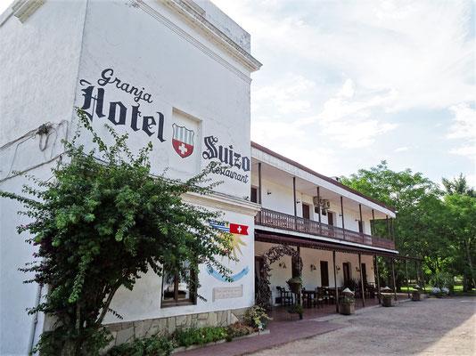 ......mit dem Hotel Suizo......