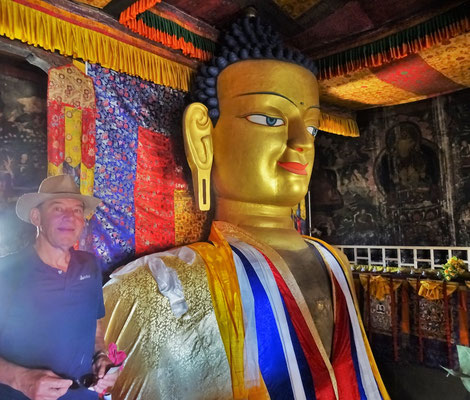 Der 7.5m hohe Buddha...